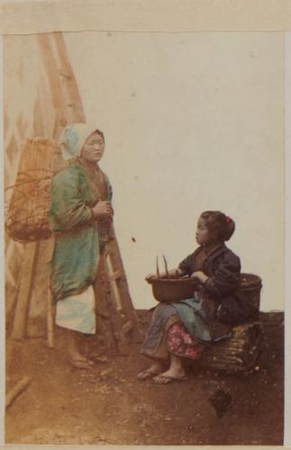 Shimooka Renjō, 'Inaka-onna senzai uri (Country women selling washing materials)', c.1865-66.