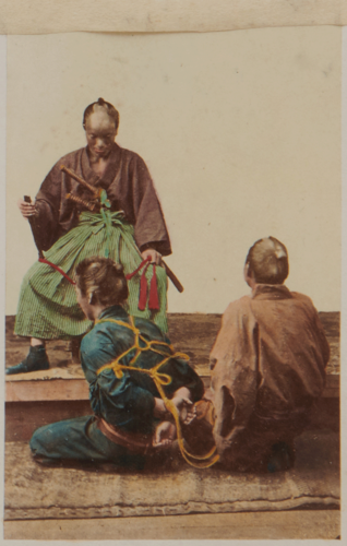 Shimooka Renjō, 'Yakunin nusubito wo shiraberu tokoro [Official examining thief]'/ 'Examination of a culprit', albumen print, c.1863-65.
