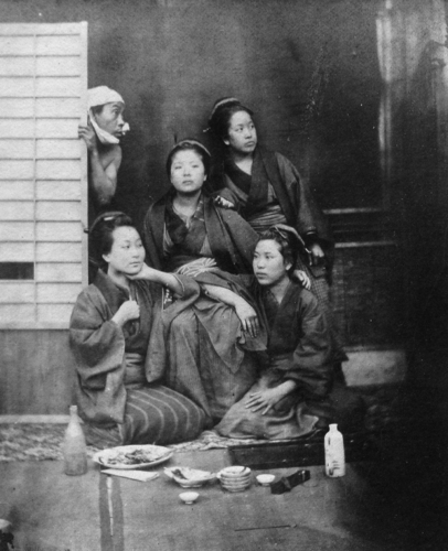 Shimooka Renjō, Mixed group, albumen print, c.1863-65. This is an example of the original photograph of which the carte in this album, titled 'Nagaya musume kugatsu no tsukimi (Girls of a nagaya viewing the moon in September)'/ 'Moon & star gazers', is a later copy print.
